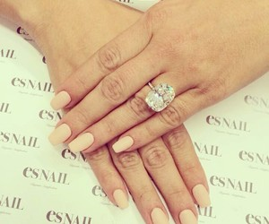 ring, kim kardashian, and nails image