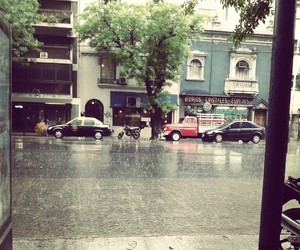 argentina, calle, and lluvia image