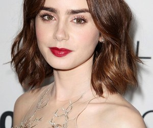 beuty, red lips, and hair image