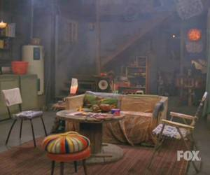 that '70s show, smoke pot, and resting place image