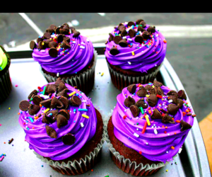 purple, chocolate, and cup cakes image