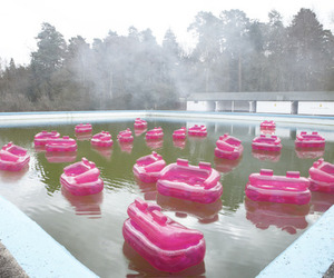 pink, holiday, and jacuzzi image