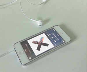 music, the xx, and iphone image