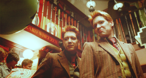 harry potter, fred weasley, and weasley image