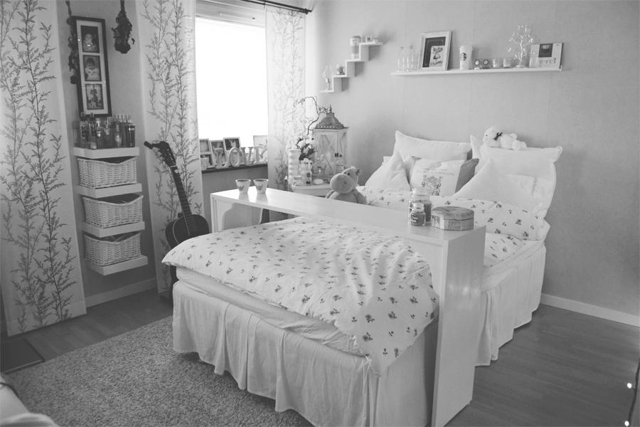 bord över sängen