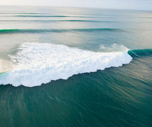beach, luxury, and wave image