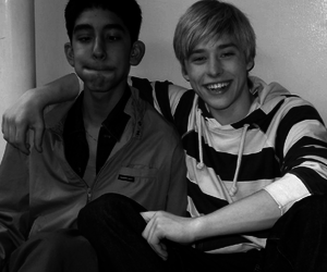 skins, anwar, and maxxie image