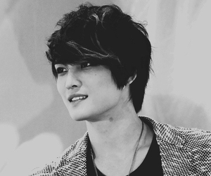 black and white, jaejoong, and tvxq image