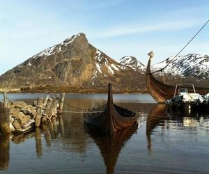 ships and vikings image