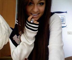 girl and andrea russett image