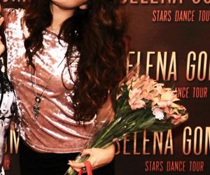 selena gomez and m&g image