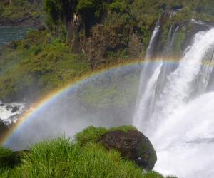arco iris and cataratas del iguazu image