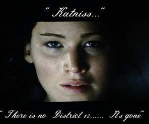 spoiler, hunger games, and katniss everdeen image