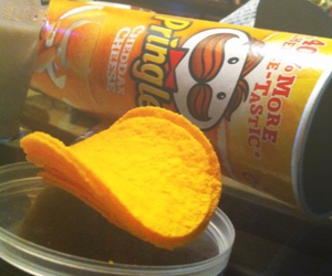 cheese, food porn, and pringles image