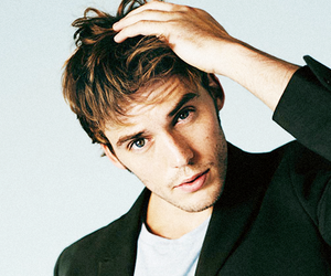 sam claflin, sexy, and perfect image