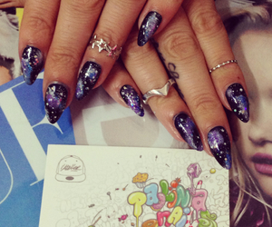 galaxie, nails, and nailart image