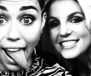 miley cyrus, sms, and ♥ image