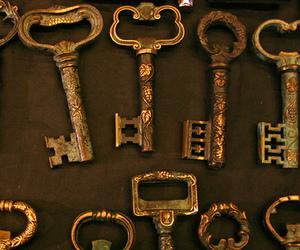 key and vintage image