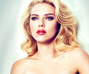 Scarlett Johansson and sexy image