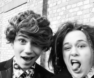 george shelley and luke friend image