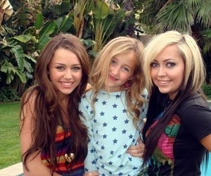 miley, miley cyrus, and miley ray cyrus image