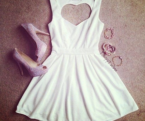 beautiful, outfit, and teen fashion image