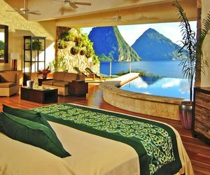 beautiful, water, and bedroom image