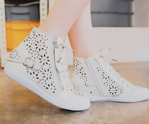 shoes, style, and kfashion image