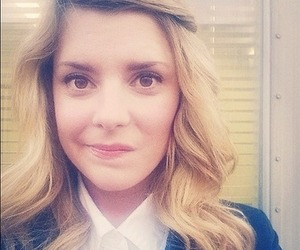 youtubers, grace helbig, and dailygrace image