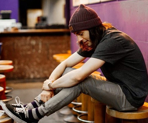 vic fuentes, pierce the veil, and ptv image
