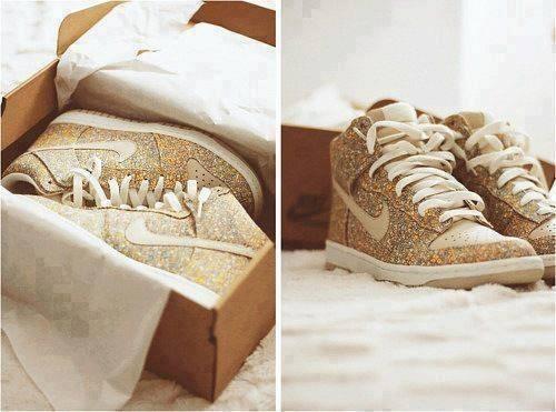 c291031bfdd nike skor glitter