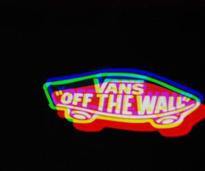 vans, off the wall, and 3d image