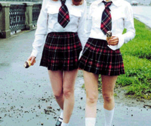 girl and t.A.T.u image