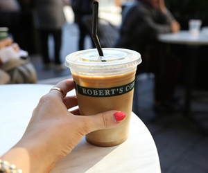 coffee, necklace, and Roberts image