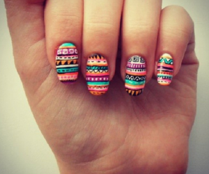 <3, colors, and nails image