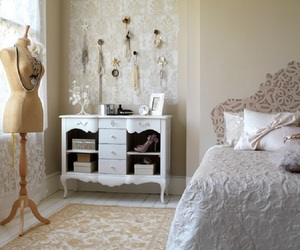vintage bedroom, bedroom design, and vintage touch image