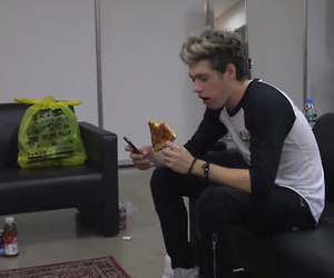 horan, pizza, and niall image