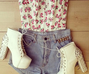 clothes, floral, and high waisted shorts image
