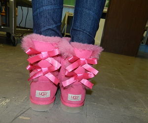 pink, uggs, and shoes image