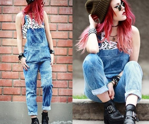red hair and style image
