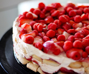 cake, delicious, and hungry image