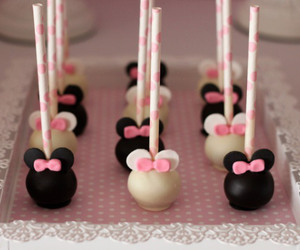 cake pops and minnie maous image