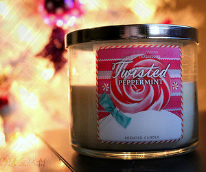 candle and peppermint image