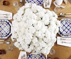 dinner, plate, and flowers image