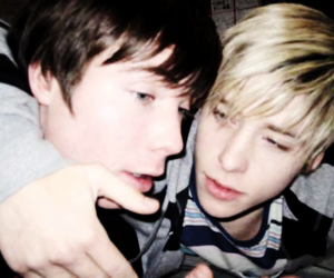 skins, maxxie, and chris image