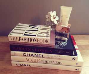 books and fashion image