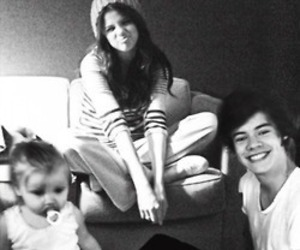 Harry Styles, selena gomez, and sarry image
