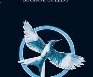 the hunger games and sinsajo image