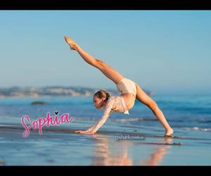 dance, dancer, and perfect body image