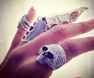 fashion, hand, and rings image